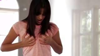 Gorgeous Ebony chick in impressive solo performance